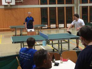 Foto aus dem Halbfinale zwischen Julian Schaack und Michael Adam